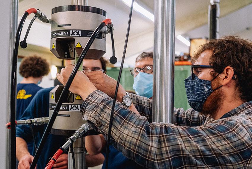 Tensile Testing at Webb Institute